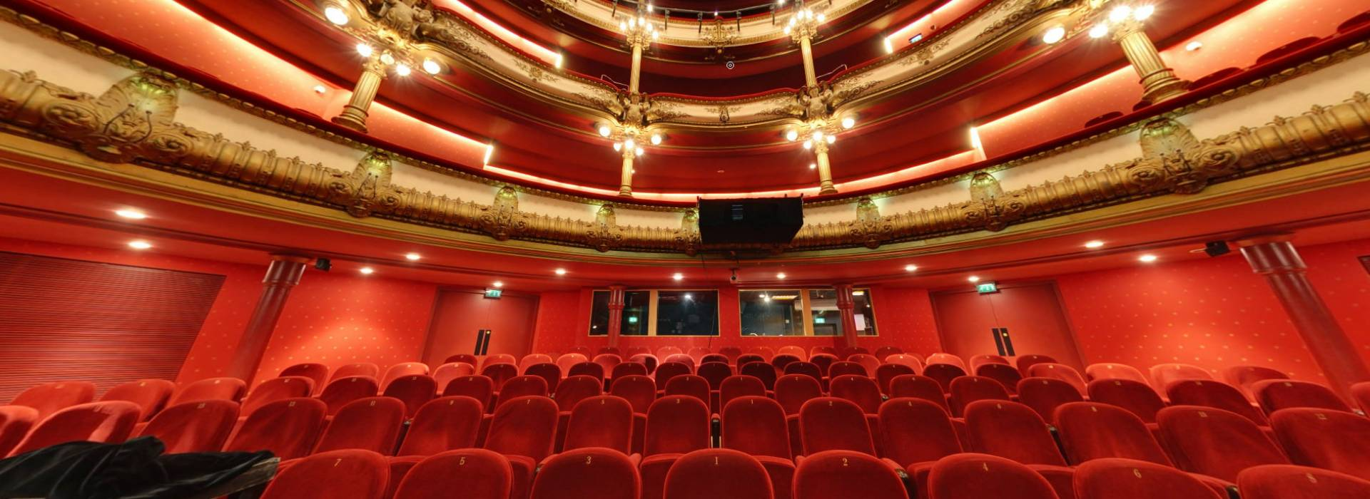 Archives Celestins Theatre De Lyon